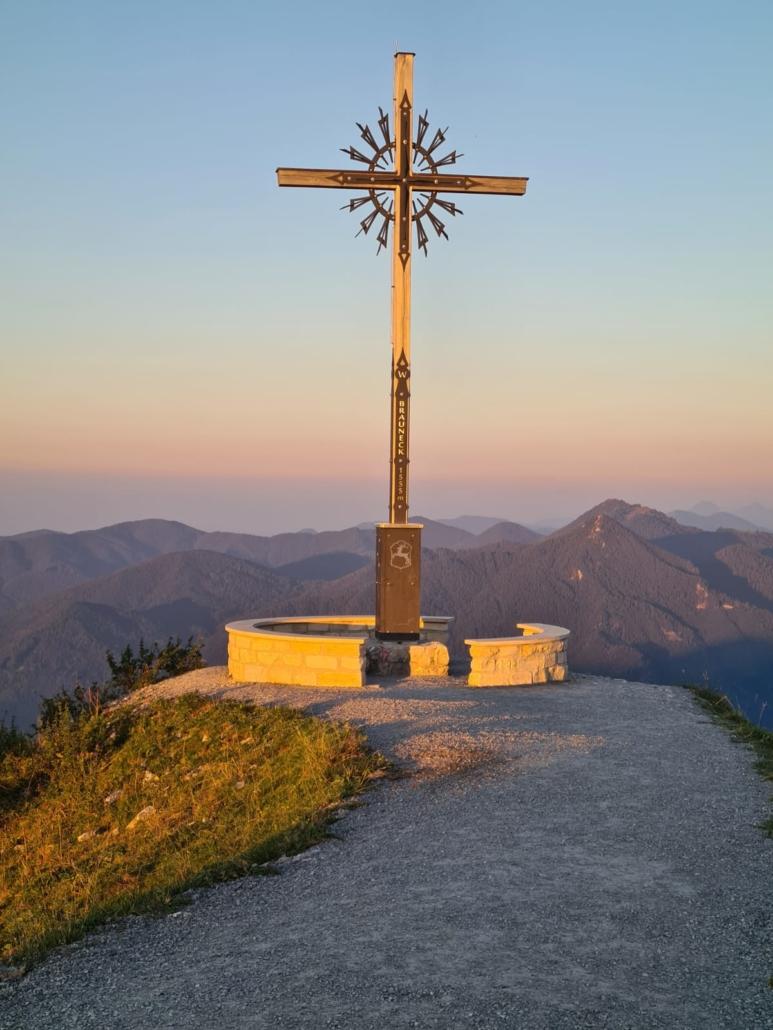 Brauneck-Gipfelkreuz